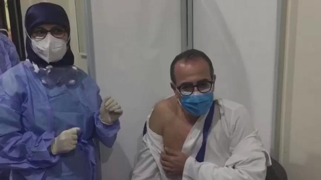 انطلاق عملية التلقيح ضد كورونا في مستشفى نبيه بري الجامعي في النبطية وفي مستشفى صيدا الحكومي