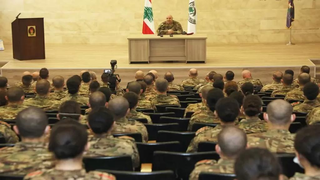 قائد الجيش تفقد تلامذة ضباط السنة الأولى في الكلية الحربية: لا منة لأحد عليكم..وتجربة إدخال الإناث إلى الكلية كانت ناجحة بكل المقاييس