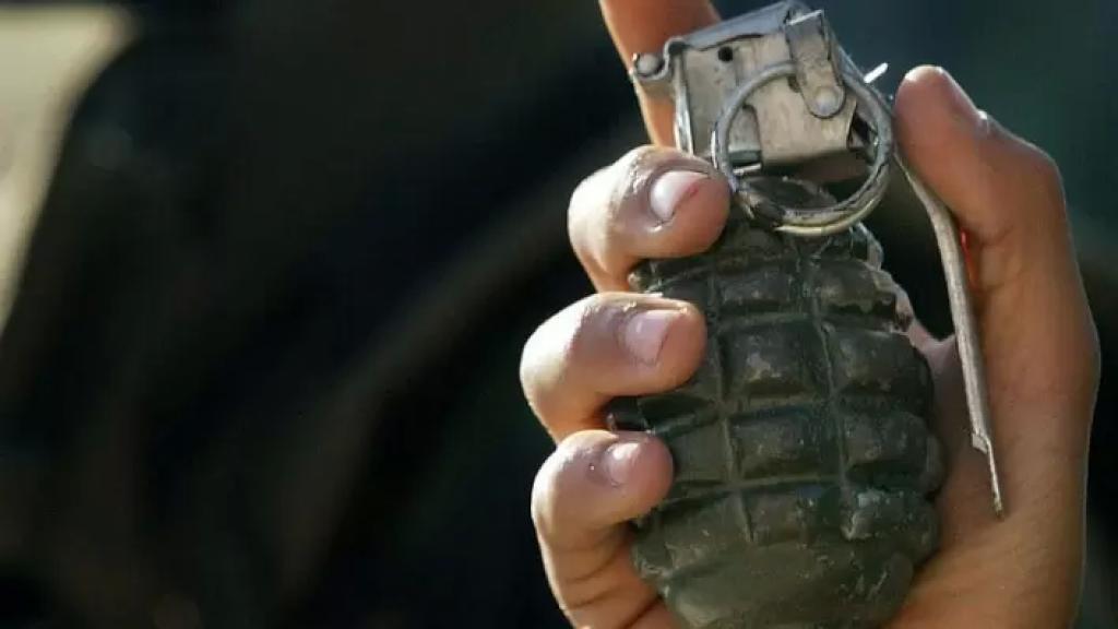 إصابة 3 فتيان بجروح بالغة جراء انفجار قنبلة فيهم في منطقة سهل النبي عثمان