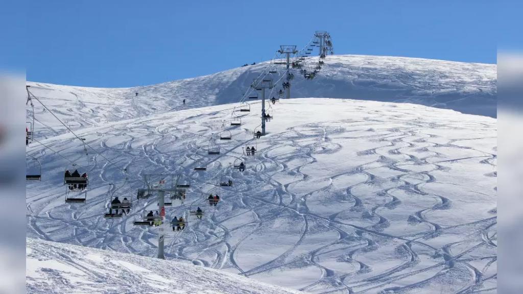 بلدية كفرذبيان: نبحث إمكانية افتتاح موسم التزلج هذا العام بشكل آمن