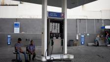 في حال رفع الدعم وارتفاع الدولار إلى أكثر من 9000 ليرة فإن سعر صفيحة البنزين سيصل إلى 100 ألف ليرة وربما أكثر!