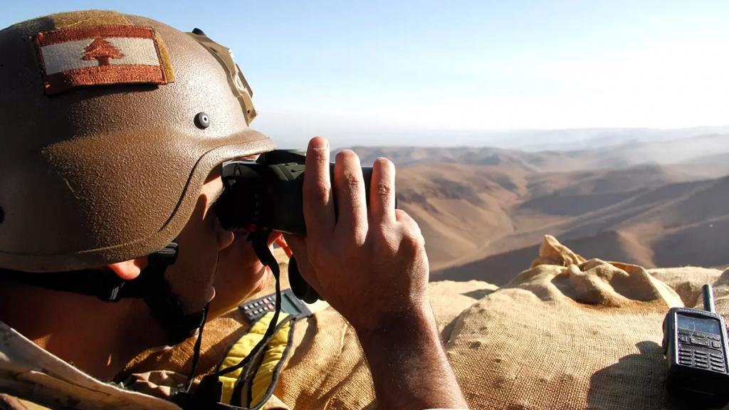 """الجيش اللبناني يواصل توجيه ضربات جديدة للإرهاب.. تفكيك خلايا """"داعشية"""" و""""أبو جنان"""" موقوف للمرة الثانية (نداء الوطن)"""
