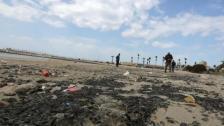 """الغارديان عن التسرب النفطي الإسرائيلي قبالة الشواطئ اللبنانية: """"الأمر سيستغرق عقودًا للتنظيف"""": تسرب النفط يدمر شرق البحر الأبيض المتوسط!"""