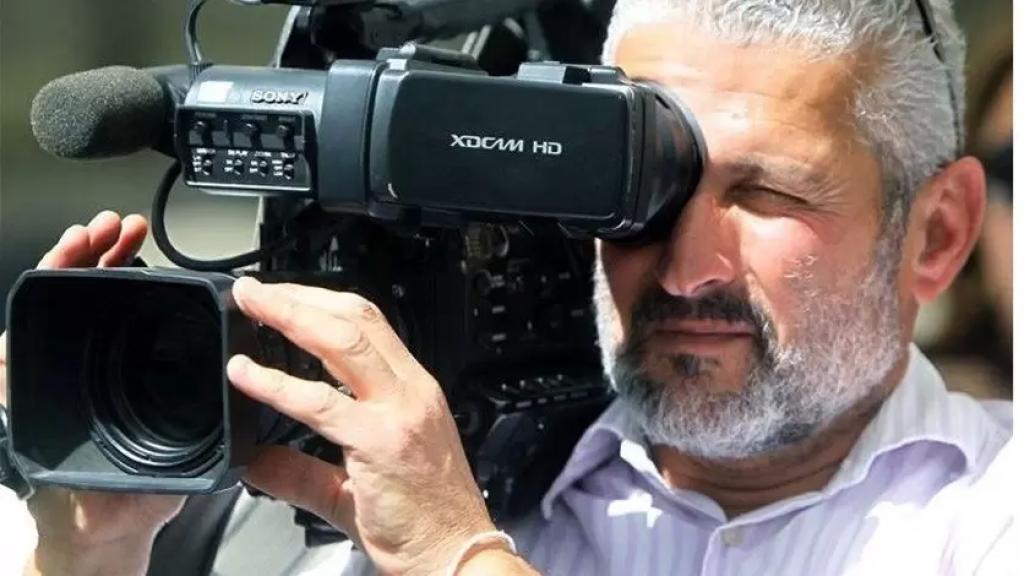 نقابة المصورين تستنكر الإعتداء على المصور في الـLBCI بيار يوسف في كفرذبيان وأدى لإصابة بالغة في كتفه ويده