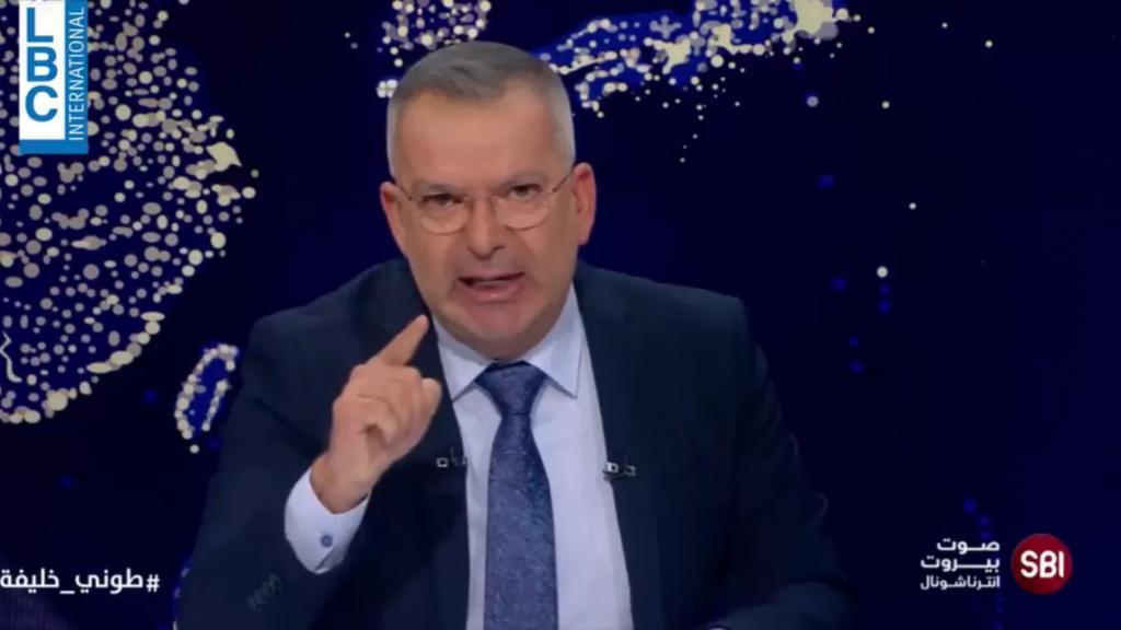 طوني خليفة في أعنف هجوم على السياسيين: تلقحتم في مجلس النواب لأنكم غير قادرين على الإختباء إلا في مجلس النواب