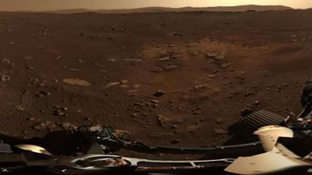 ناسا تنشر صوراً بانورامية جديدة للكوكب الأحمر