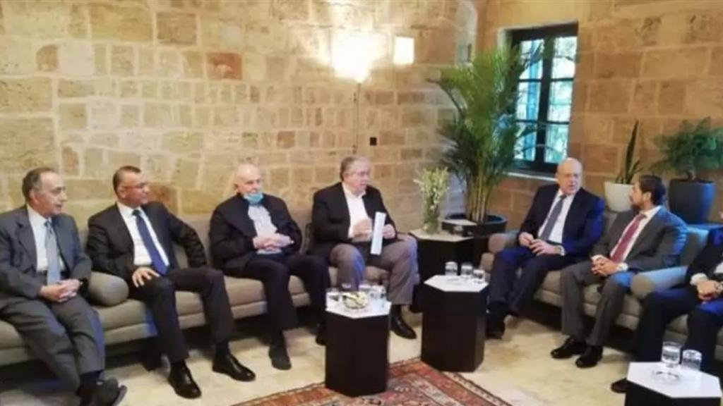 نواب طرابلس: لإحالة محافظ الشمال على التفتيش المركزي ومتابعة ملف إحراق البلدية