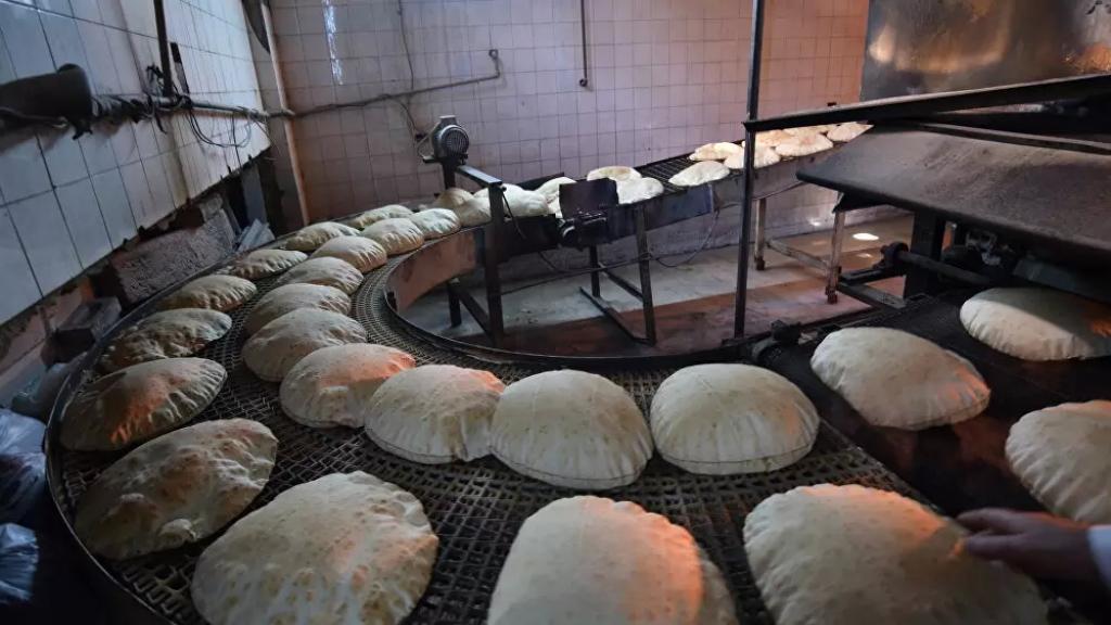 نقيب الأفران: سعر ربطة الخبز لن يرتفع ومن الممكن أن ينخفض وزنها من 40 إلى 50 غراما
