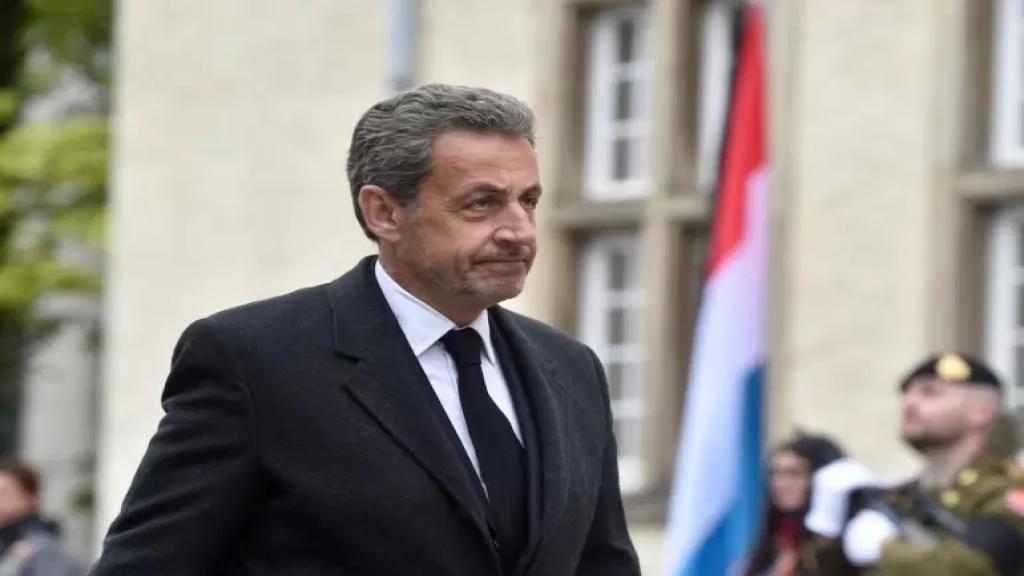 بتهم فساد.. الحكم على الرئيس الفرنسي السابق نيكولا ساركوزي بالسجن 3 سنوات 2 منها مع وقف التنفيذ