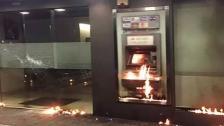 مصادر مصرفية: خشية من إقفال بعض فروع المصارف في لبنان (اللواء)