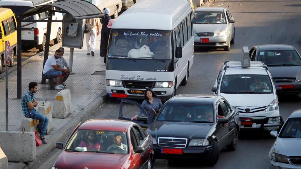 طليس أعلن تجميد قرار الإضراب والتحركات: الإعلان عن تعديل سعر النقل بنسبة 30% ظهراً في وزارة الأشغال