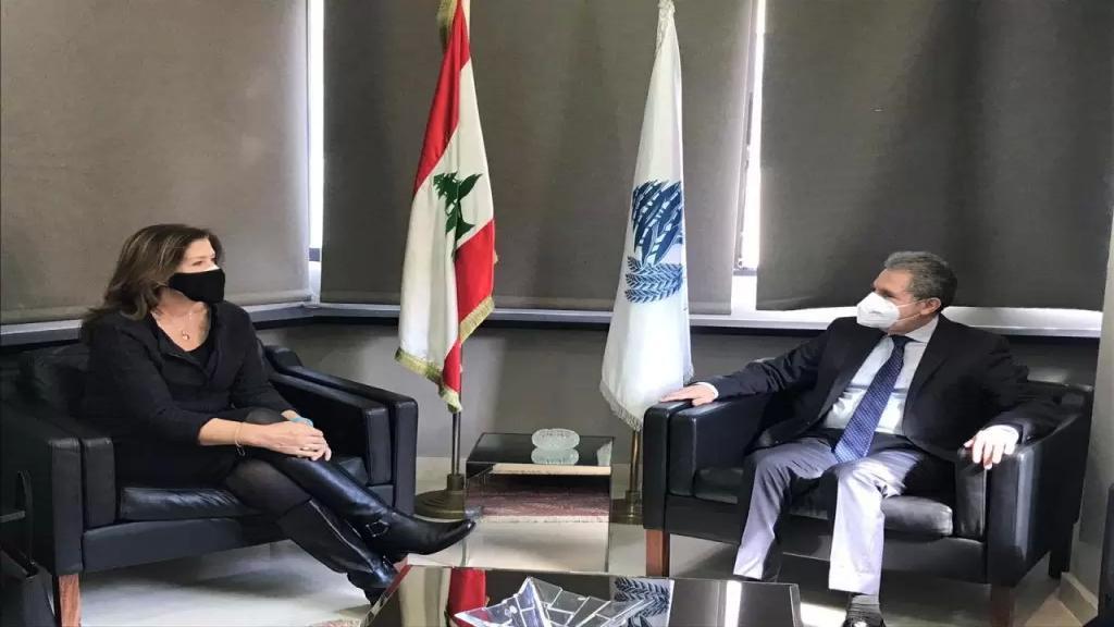 سفيرة الولايات المتحدة بعد لقائها وزني: نحاول مساعدة الشعب اللبناني على معالجة الاوضاع الاقتصادية الصعبة التي يمر بها