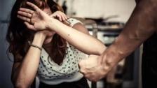 بعد مرور عام على الحجر المنزلي في لبنان.. شكاوى العنف الأسري ارتفعت حوالي الـ100%