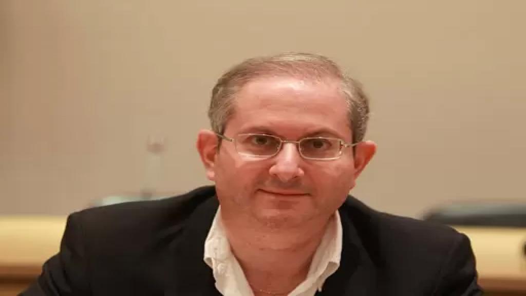 """رئيس جمعية """"تجار بيروت"""": التجّار ليسوا في موضع الإتّهام والأسعار والسواد الأعظم من التجار يبيع بأسعار """"قَنوعة جداً"""" وهذا يحصل عبر الإغراءات التي تقوم بها"""