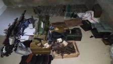الجيش: عمليات دهم في الشراونة وإصابة عدد من العسكريين وتوقيف مطلوب وضبط أسلحة وذخائر ومخدرات