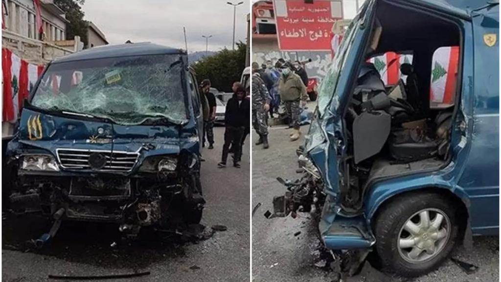 """بالفيديو/ تعرّض شاحنة تحمل اسم """"الشهيد جو نون"""" لحادث كبير على اوتوستراد الكرنتينا...وسقوط جرحى"""