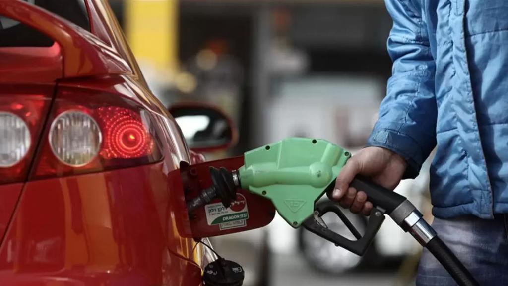 الجديد: محطات الوقود في منطقة صور تقفل أبوابها أمام الزبائن