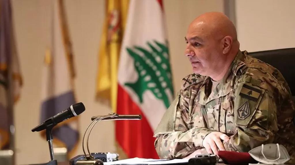 قائد الجيش: لن نسمح بأن يكون الجيش مكسر عصا لأحد