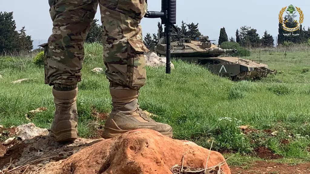 """بالصور/ الجيش اللبناني بـ """"مواجهة العدو"""""""