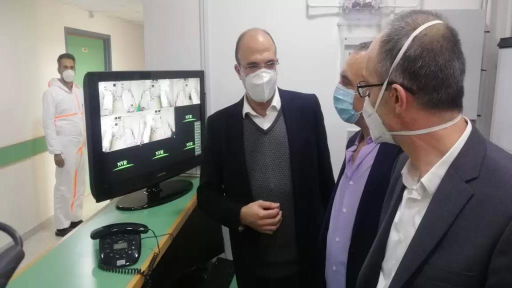 بالصور/ افتتاح المزيد من غرف العناية الفائقة الخاصة بمرضى كورونا في مستشفى بعلبك الحكومي برعاية وزير الصحة