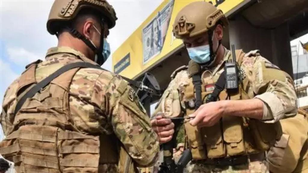 """الجيش لم يتبلغ رسميًا بقرار المليون وتأكيد أنه ليس أداة لقمع الشعب """"سواء زادوا معاش العسكري مليوناً أو عشرة ملايين"""" (نداء الوطن)"""