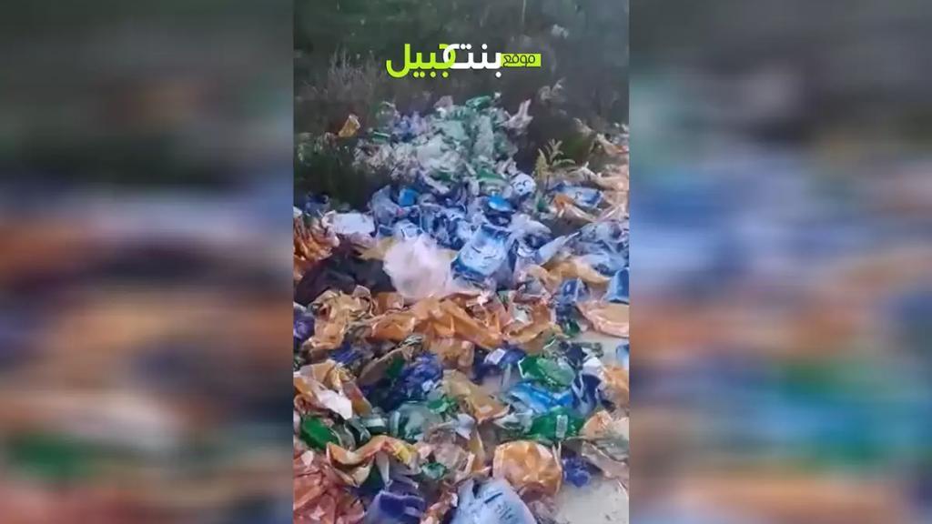 بالفيديو/ العثور على أكياس فارغة لكمية كبيرة من البضائع المدعومة مرمية في خراج بلدة الصرفند!