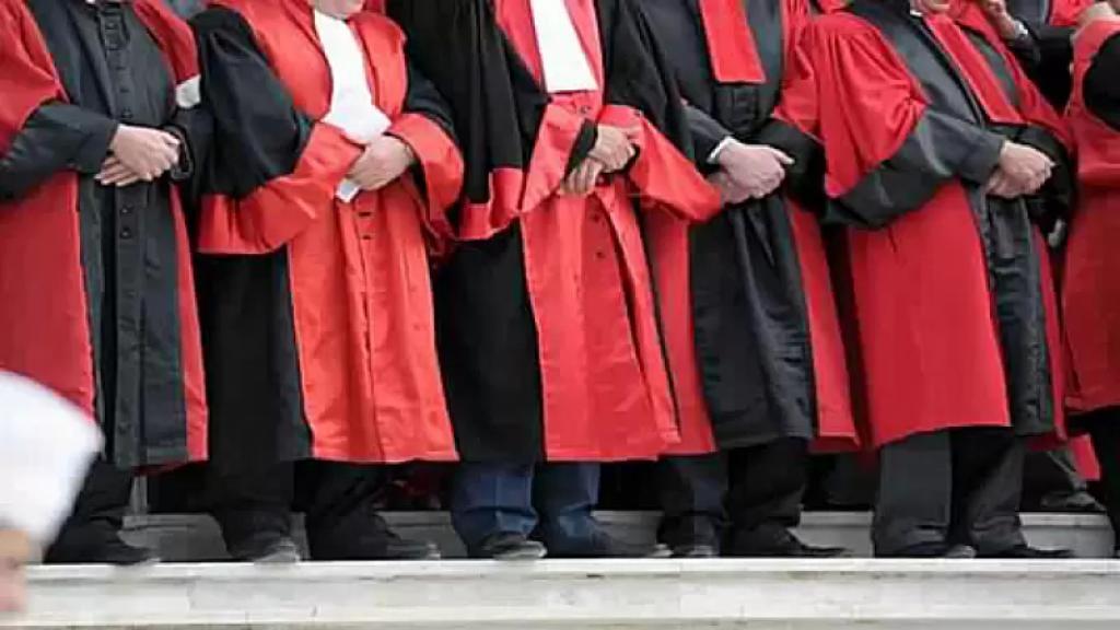 """الشرق الاوسط: عشرات القضاة في لبنان يهاجرون """"بحثاً عن حياة كريمة"""""""