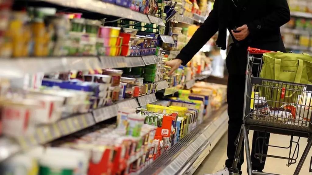 نقيب أصحاب السوبرماركات: أتوقع أن يكون ارتفاع الأسعار الأسبوع المقبل أكثر من 20 % بعد أن وصل سعر الصرف إلى 12000 ليرة