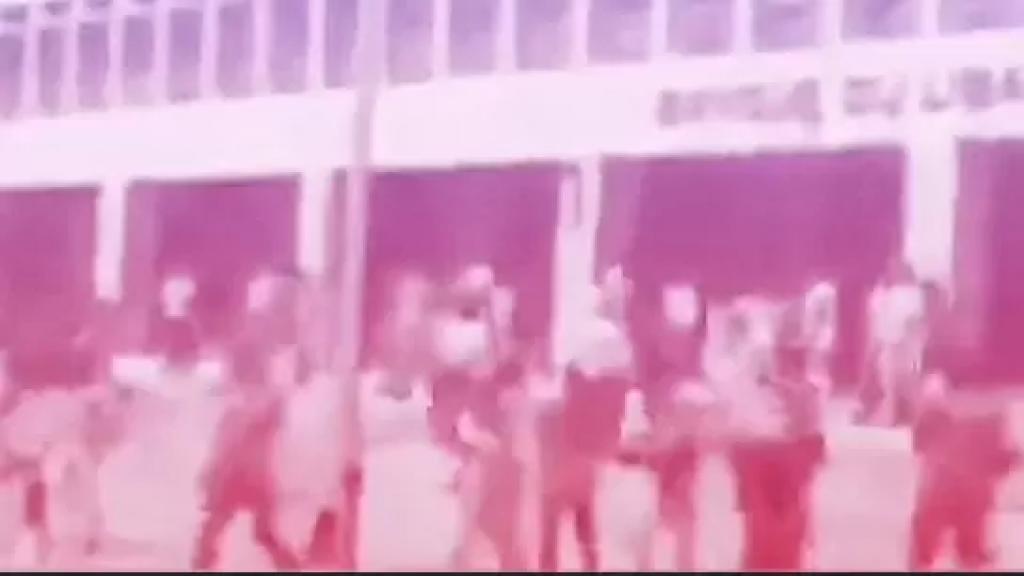 فيديو متداول يعود لسنة 1987...هجوم على مصرف لبنان بعد انهيار الليرة اللبنانية!