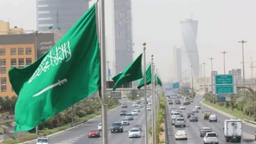 مجلس العمل والاستثمار اللبناني في السعودية: توقفوا عن التعرّض للمملكة..لم تكن في نظرنا إلاّ الاخ المحب وما أقدم عليه أحدٍ الصحفيين بحق المملكة وولي عهدها البطل عمل مشين