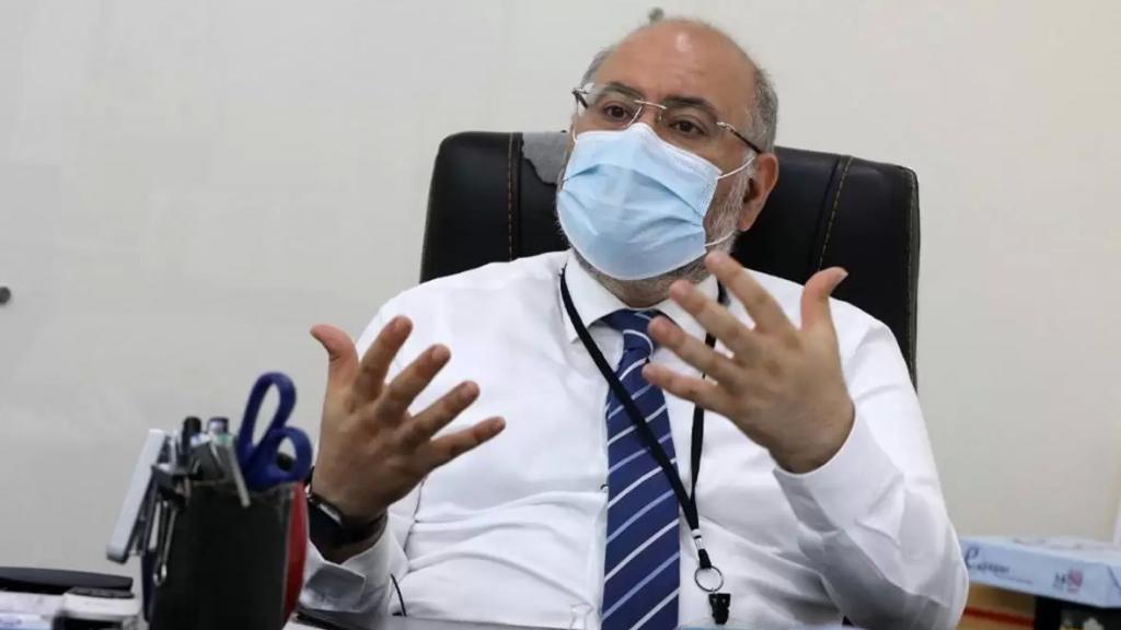 الدكتور فراس الأبيض: لا بد من الإقفال في حال ازدياد عدد الإصابات وهناك ارتفاع كبير في أعداد المرضى في العناية في المستشفيات حيث تجاوز الـ 950 حالة