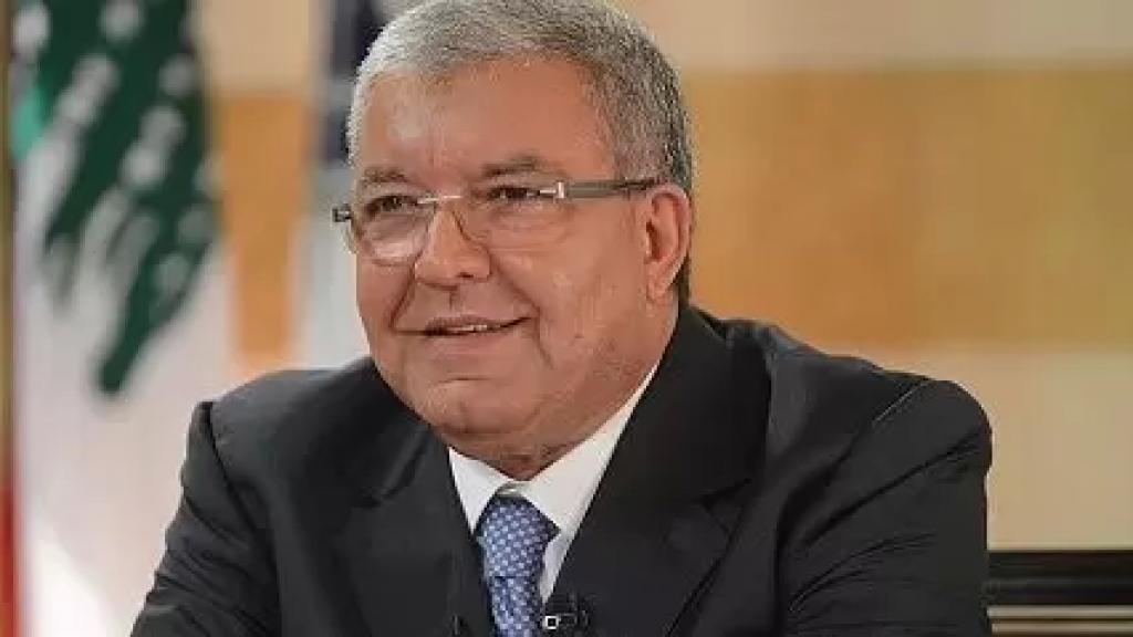 المشنوق: اعتذار سعد الحريري مقابل استقالة ميشال عون