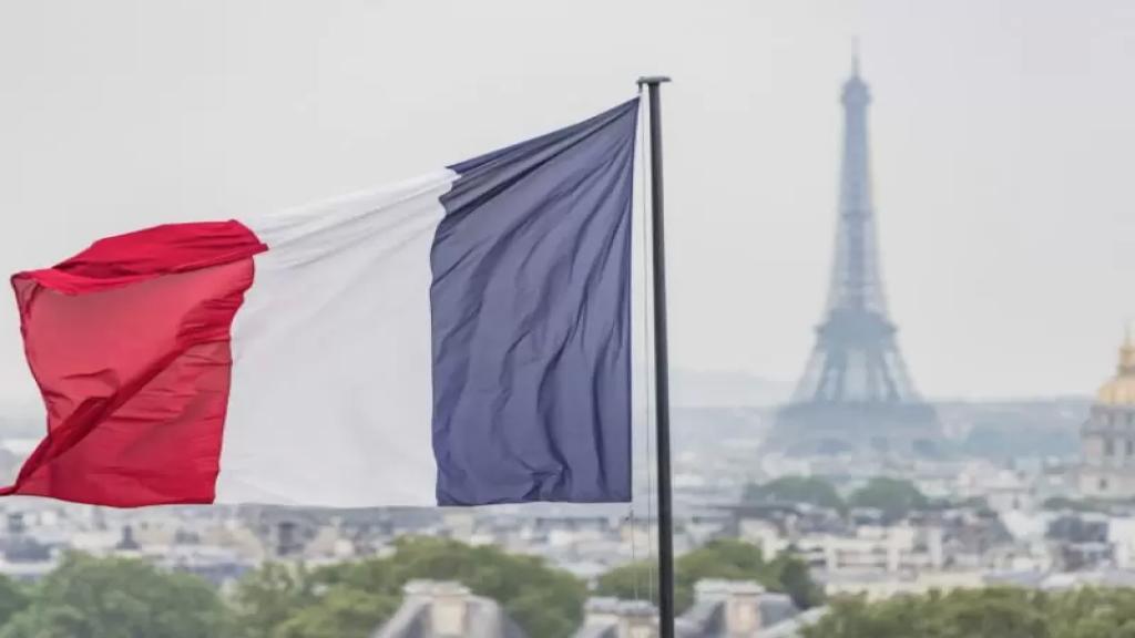 """دبلوماسي فرنسي يرجح زيادة الضغوط على الساسة اللبنانيين عبر """"العقوبات"""" لحثهم على تشكيل حكومة"""