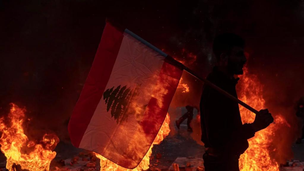 اللبنانيون تأخروا كثيراً.. انها مذبحة معيشية واقتصادية تُرتكب في حقهم على رؤوس الاشهاد