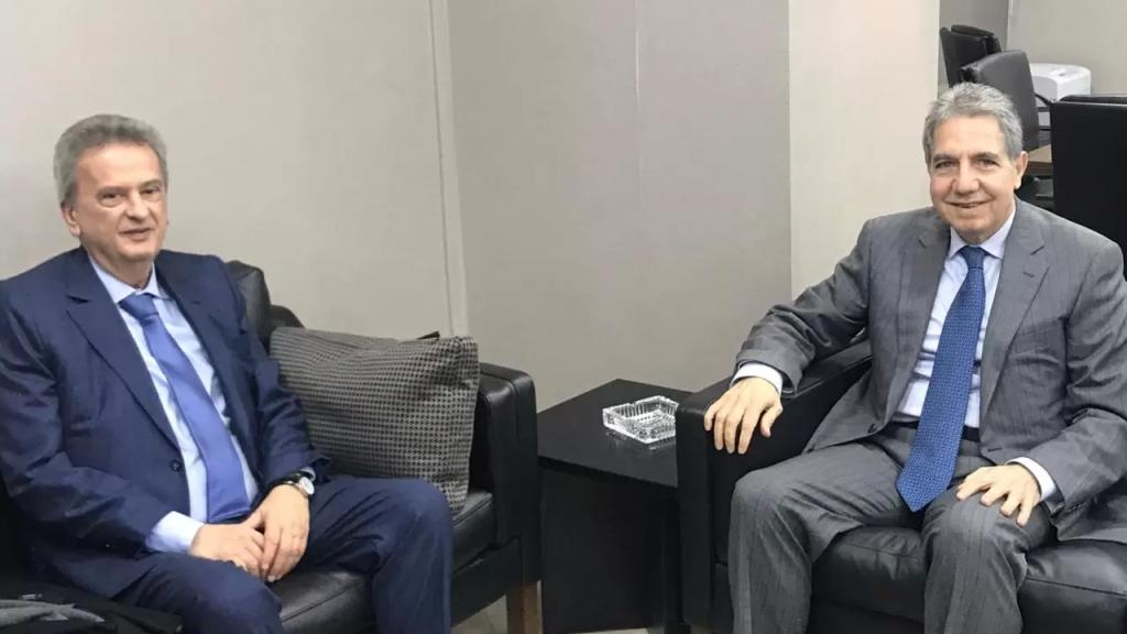 معلومات موقع mtv: رياض سلامة سيتواصل مع وزير المال على ضوء الموقف الذي أطلقه وزني أمس عن ترشيد الدعم