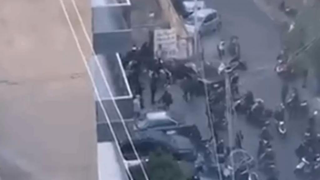 بالفيديو/ اشتباك مسلح في منطقة عائشة بكار في بيروت