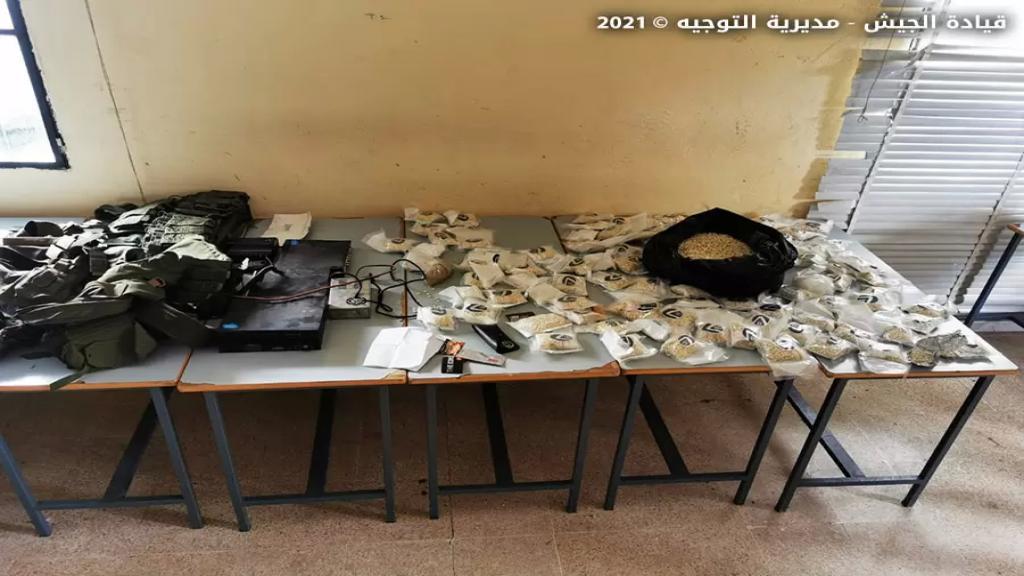 بالصور/ الجيش: مقتل مطلوبَين وجرح عسكريّ بعمليات الدهم في بريتال