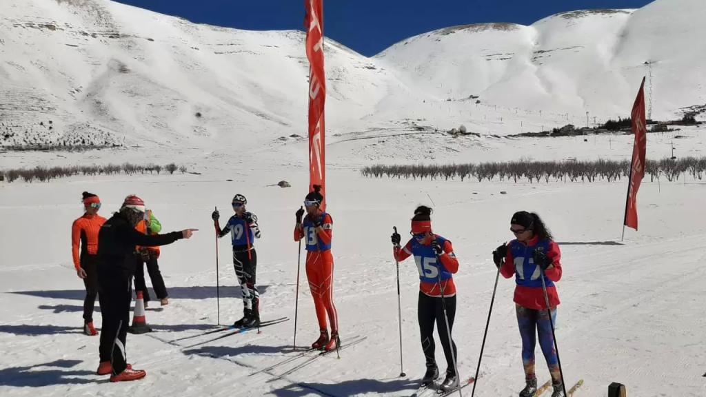 يتصدر الترتيب العام....لبنان يحصد 4 ذهبيات و3 فضيات و5 برونزيات في بطولة تزلج العمق