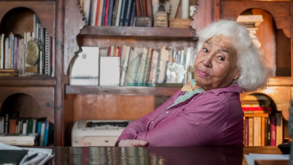 وفاة الكاتبة المصرية نوال السعداوي عن عمر يناهز 90 عامًا بعد صراع مع المرض