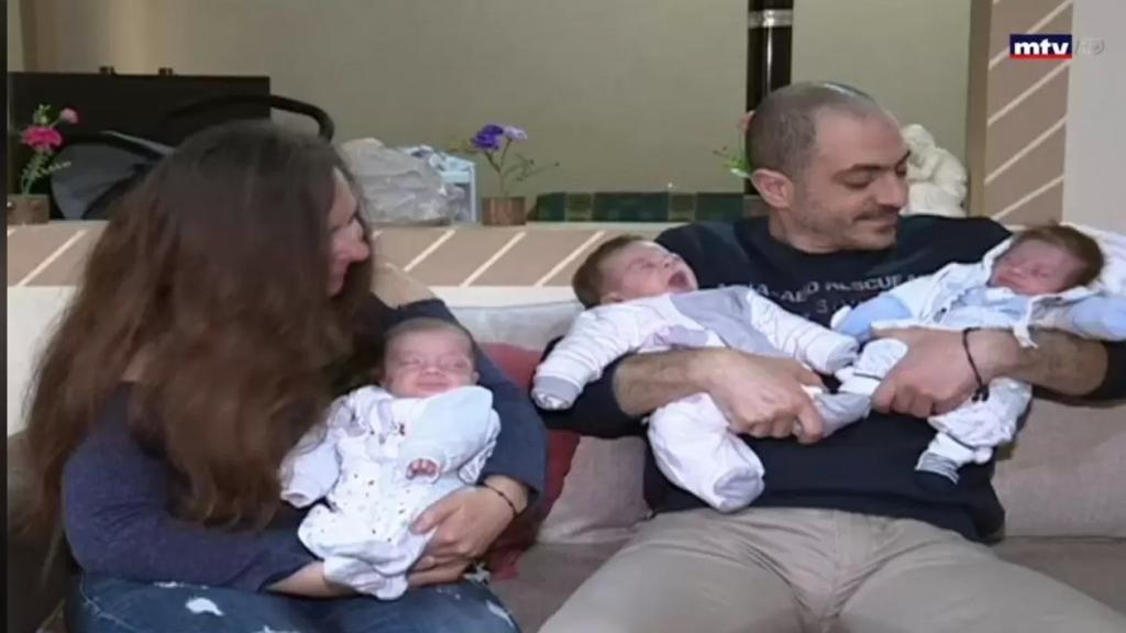 بالفيديو/المفاجأة في عيد الأم بعد تسعة اعوام .. السيدة شفيقة خوري انجبت 3 توائم في الشهر السابع من حملها اثناء اصابتها بـ كورونا