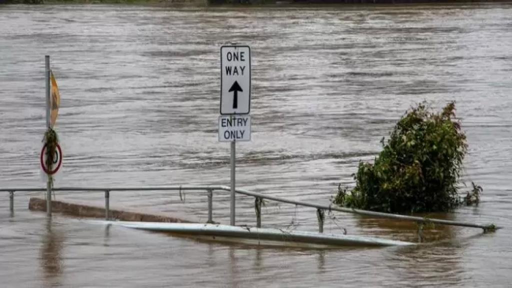 أستراليا.. إجلاء 18 ألف شخص من ولاية نيو ساوث ويلز بسبب الفيضانات