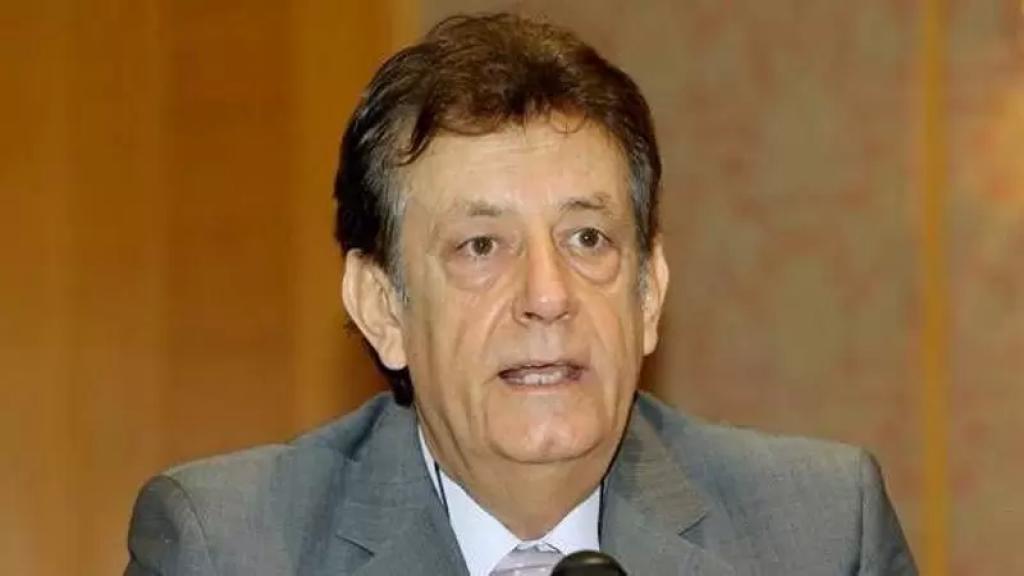 نقيب أصحاب المستشفيات الخاصة سليمان هارون: هناك مصنعان كبيران للأوكسيجين في لبنان يلبيان الطلب ولا نقص في هذه المادة