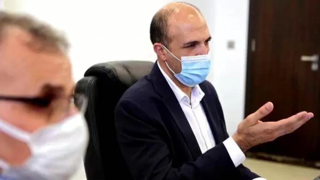 """وزير الصحة في دمشق """"بعد ليلة تحبس الأنفاس اثر تعذّر باخرة الأوكسجين من تفريغ حمولتها بسبب أحوال الطقس"""": كان متوقع نفاد الأوكسجين ظهر اليوم ووفيات بالمئات"""