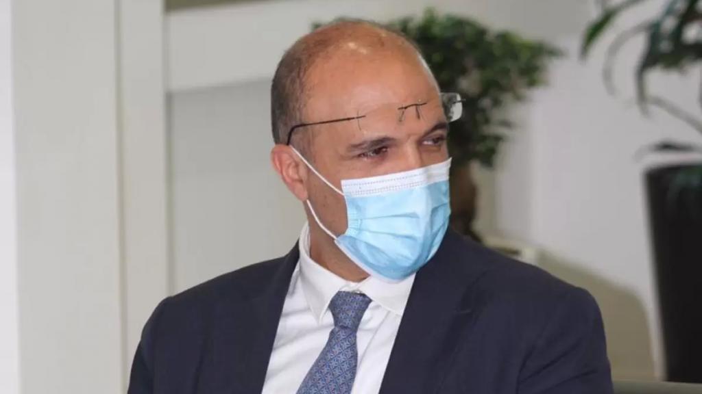 وصول وزير الصحة حمد حسن إلى دمشق للقاء مسؤولين سوريين