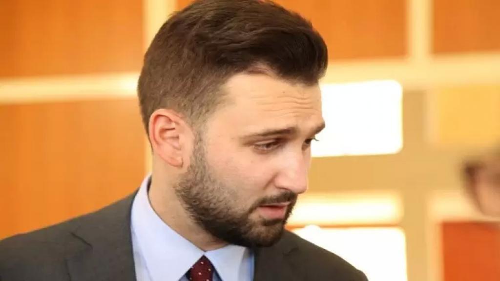 تيمور جنبلاط تكفل بفاتورة الأوكسيجين عن نيسان لمصابي كورونا في مستشفى سبلين