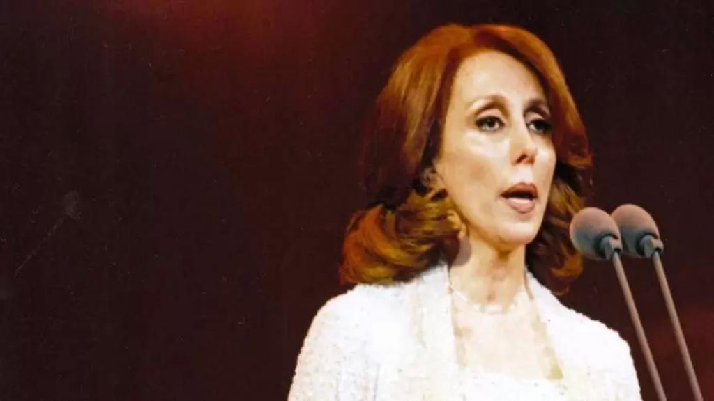 باسم مغنية يسأل: هل تلقّت السيدة فيروز لقاح كورونا أم بعد؟