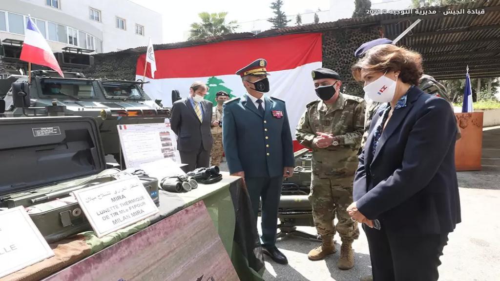 بالصور/ عتاد عسكري مقدم هبة من السلطات الفرنسية للجيش اللبناني