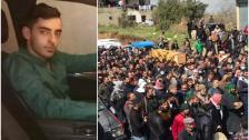 بالفيديو/ بلدة فنيدق شيعت الشاب علي صلاح الدين الذي قضى باطلاق نار على سيارته بمأتم شعبي كبير تخلله اطلاق نار ودعوات لكشف ومعاقبة القتلة