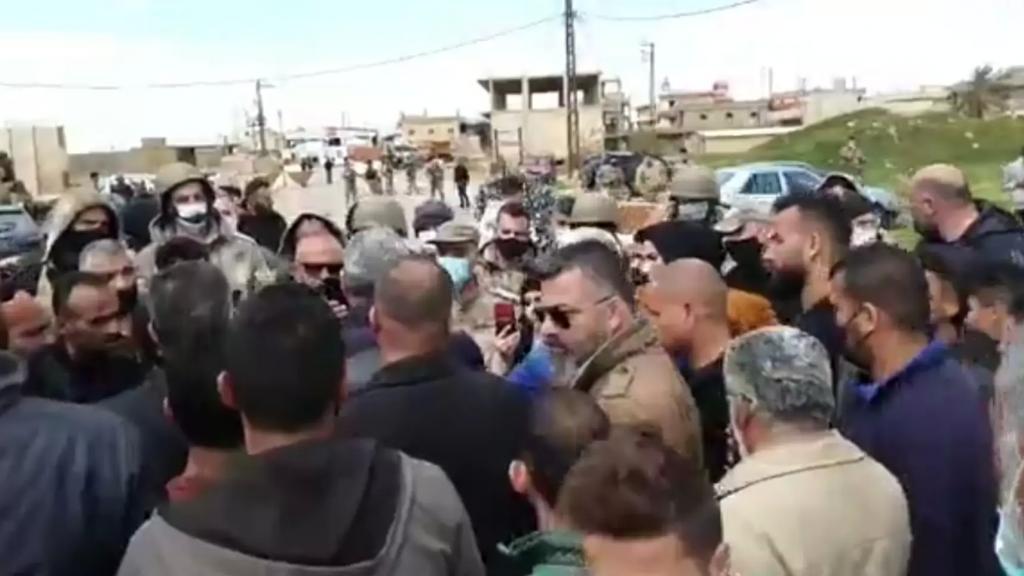 اعتصام ضد تهريب المواد الغذائية والمشتقات النفطية إلى سوريا في العريضة