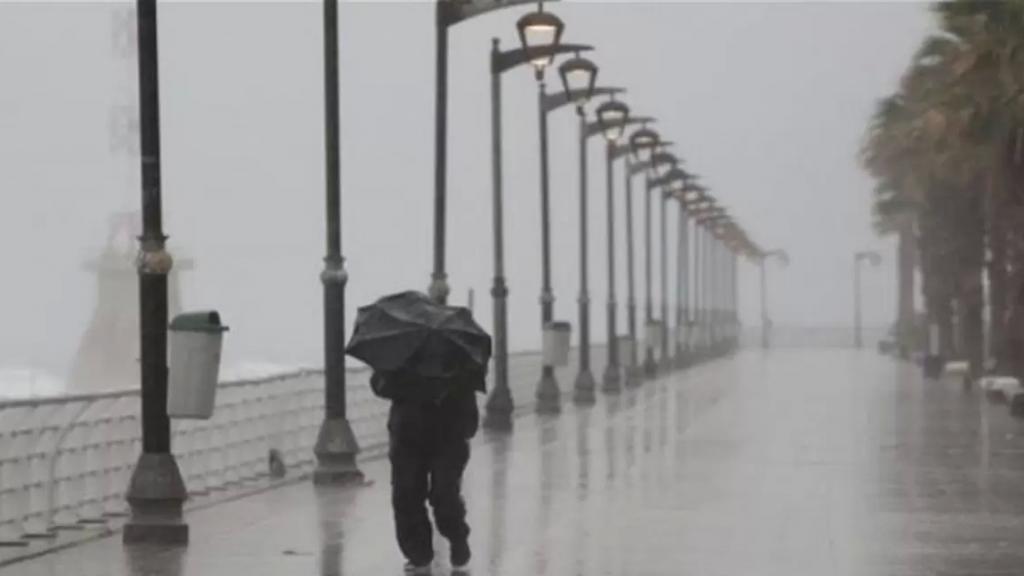برق ورعد ورياح...أمطار حتى ظهر السبت وثلوج على 1600 متر!
